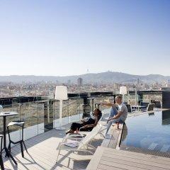 Отель Barcelo Raval Барселона бассейн