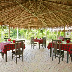 Отель Hoi An Red Frangipani Villa питание