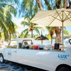 Отель LUX* Grand Gaube парковка