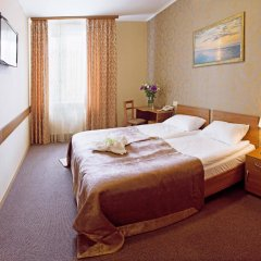 Гостиница Континенталь 2 комната для гостей фото 3