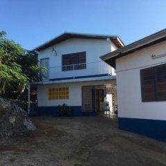 """Отель """"Nuestra Casa"""" Guesthouse Треже-Бич вид на фасад"""