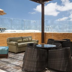 Отель Holiday Inn Express Cabo San Lucas пляж фото 2