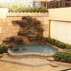 Отель Customs Hotel Китай, Гуанчжоу - отзывы, цены и фото номеров - забронировать отель Customs Hotel онлайн бассейн