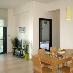 Отель Sugar and Almond - Luxury Apartments Греция, Корфу - отзывы, цены и фото номеров - забронировать отель Sugar and Almond - Luxury Apartments онлайн комната для гостей фото 4