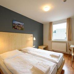 Отель a&o Berlin Kolumbus Германия, Берлин - 2 отзыва об отеле, цены и фото номеров - забронировать отель a&o Berlin Kolumbus онлайн комната для гостей фото 2