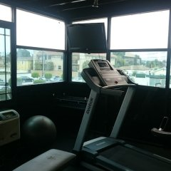 Отель Ramada by Wyndham Culver City фитнесс-зал фото 2