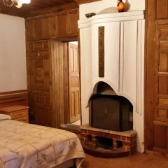 Отель Chakarova Guest House Болгария, Сливен - отзывы, цены и фото номеров - забронировать отель Chakarova Guest House онлайн комната для гостей фото 2