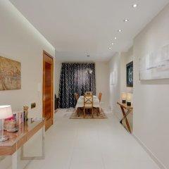 Апартаменты Luxury Apartment, Prime Location in St Julians Сан Джулианс фото 19