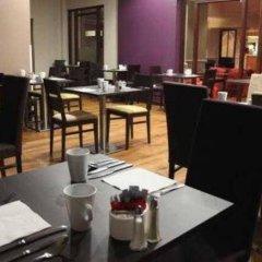 Отель Holiday Inn Northampton West M1 Junc 16 фото 2