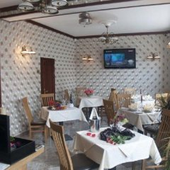 Отель Alfred Чехия, Карловы Вары - отзывы, цены и фото номеров - забронировать отель Alfred онлайн гостиничный бар