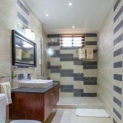 Отель Eagles Lodge Такоради ванная