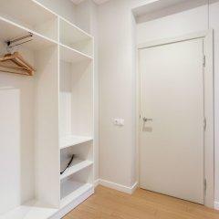 Апартаменты Jolly apartments Вильнюс сейф в номере