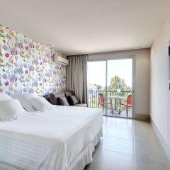 Отель Occidental Cala Vinas комната для гостей фото 5