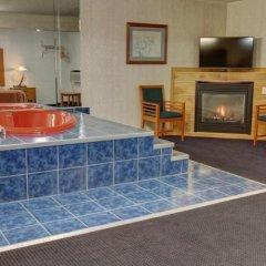 Отель Rodeway Inn & Suites Niagara Falls США, Ниагара-Фолс - отзывы, цены и фото номеров - забронировать отель Rodeway Inn & Suites Niagara Falls онлайн спа