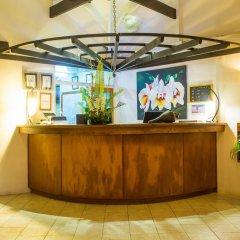 Отель Lomani Island Resort - Adults Only интерьер отеля