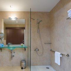 Отель NH Ciudad de Valencia ванная фото 2