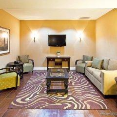 Holiday Inn Express Hotel & Suites Saint Augustine North комната для гостей