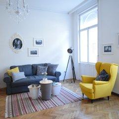 Апартаменты Standard Apartment by Hi5 - Rózsa street Будапешт комната для гостей