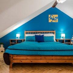 Апартаменты Spacious two storey apartment in Karlin комната для гостей фото 2