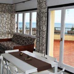 Отель Apartaments AR Monjardí Испания, Льорет-де-Мар - отзывы, цены и фото номеров - забронировать отель Apartaments AR Monjardí онлайн комната для гостей фото 5