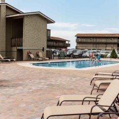 Отель Capt. Thomson's Resort бассейн фото 3