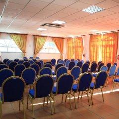 Отель Caldas Internacional Калдаш-да-Раинья помещение для мероприятий