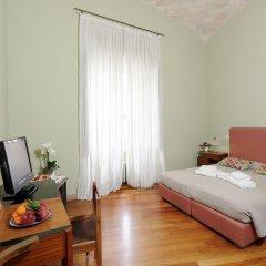 Отель Mecenate Rooms Рим комната для гостей фото 2