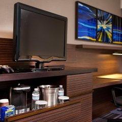 Отель Hilton Newark Airport США, Элизабет - отзывы, цены и фото номеров - забронировать отель Hilton Newark Airport онлайн удобства в номере