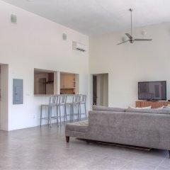 Отель Sarasota 18 - 5 Br Home комната для гостей фото 2