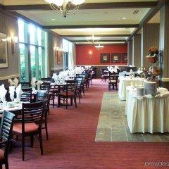 Отель Pacific Gateway Hotel Канада, Ричмонд - отзывы, цены и фото номеров - забронировать отель Pacific Gateway Hotel онлайн питание фото 2