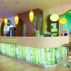 Отель Cocoon Stachus Германия, Мюнхен - 2 отзыва об отеле, цены и фото номеров - забронировать отель Cocoon Stachus онлайн гостиничный бар