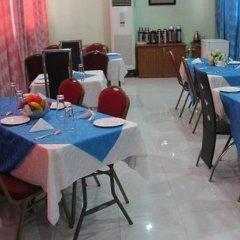 Отель Solab Hotels And Suites питание