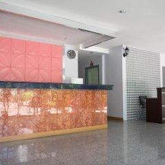 Отель Zen Rooms Phetchaburi 13 Бангкок интерьер отеля