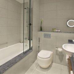 Отель DoubleTree by Hilton Hotel and Residences Dubai Al Barsha ОАЭ, Дубай - 1 отзыв об отеле, цены и фото номеров - забронировать отель DoubleTree by Hilton Hotel and Residences Dubai Al Barsha онлайн ванная