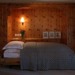 Отель Morosani Schweizerhof Швейцария, Давос - отзывы, цены и фото номеров - забронировать отель Morosani Schweizerhof онлайн комната для гостей фото 5