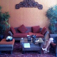 Отель Cafe' 66 House @ Patong Beach интерьер отеля