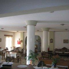 Отель Adonis Греция, Остров Санторини - отзывы, цены и фото номеров - забронировать отель Adonis онлайн питание