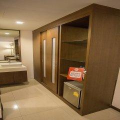 Отель Nida Rooms Phetchaburi 88 Center Point Бангкок ванная фото 2