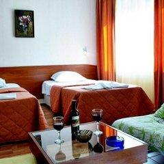 Отель Семейный Отель Палитра Болгария, Варна - отзывы, цены и фото номеров - забронировать отель Семейный Отель Палитра онлайн в номере фото 2
