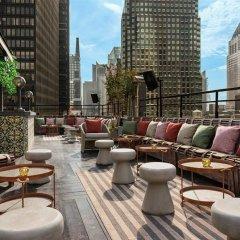 Отель Dream New York бассейн