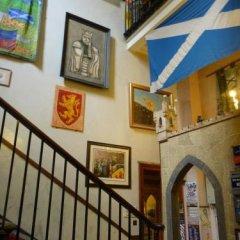 Отель Castle Rock Hostel Великобритания, Эдинбург - отзывы, цены и фото номеров - забронировать отель Castle Rock Hostel онлайн интерьер отеля