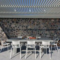 Отель Samsara - Santorini Luxury Retreat Греция, Остров Санторини - отзывы, цены и фото номеров - забронировать отель Samsara - Santorini Luxury Retreat онлайн гостиничный бар