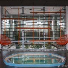 Отель Pullman Marseille Palm Beach бассейн фото 3
