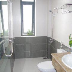 Отель Aroma Homestay & Spa Вьетнам, Хойан - отзывы, цены и фото номеров - забронировать отель Aroma Homestay & Spa онлайн ванная