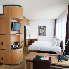 Отель Swissôtel Berlin Германия, Берлин - 2 отзыва об отеле, цены и фото номеров - забронировать отель Swissôtel Berlin онлайн удобства в номере