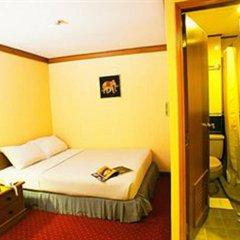 Отель Wall Street Inn Бангкок комната для гостей фото 3