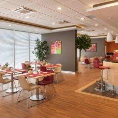 Отель Ibis Izmir Alsancak гостиничный бар