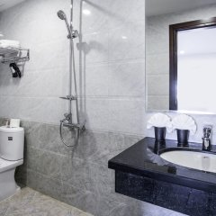 Red Coral Ha Long Hotel ванная