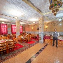 Отель Zaghro Марокко, Уарзазат - отзывы, цены и фото номеров - забронировать отель Zaghro онлайн интерьер отеля фото 2