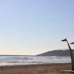 Отель Albeniz – Mediterranean Way Испания, Ла Пинеда - отзывы, цены и фото номеров - забронировать отель Albeniz – Mediterranean Way онлайн пляж фото 2